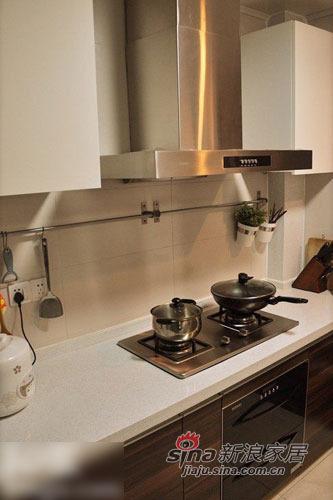 混搭 三居 厨房图片来自用户1907691673在回忆叠起80后婚房 自己设计混搭风三居94的分享