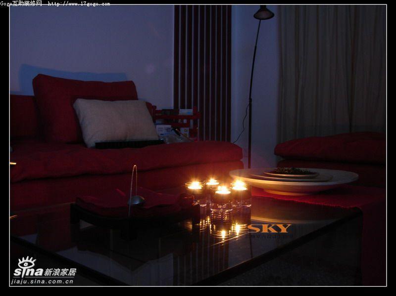 简约 复式 客厅图片来自用户2739378857在时尚风向标—红黑白演绎二26的分享