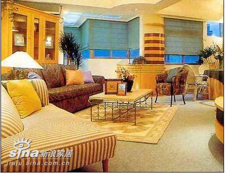欧式 一居 客厅图片来自用户2745758987在全新欧洲风格敞开式客厅42的分享