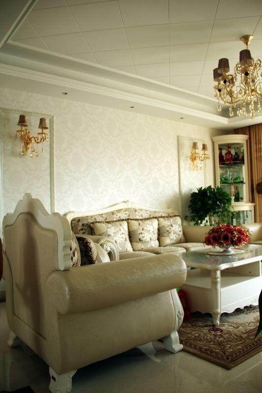 130平米三室两厅简约欧式装修风格