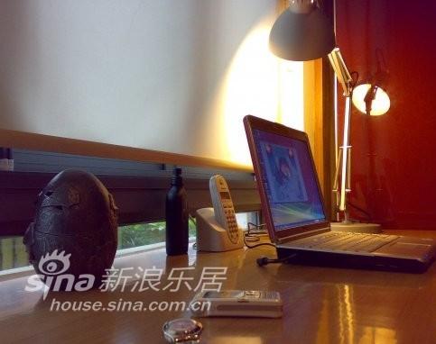 简约 复式 客厅图片来自用户2745807237在大炎演绎-现代简约70的分享