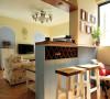 这个吧台以及家的设计都很有田园气息哦
