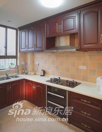 欧式 二居 客厅图片来自用户2746948411在金丰蓝亭16的分享