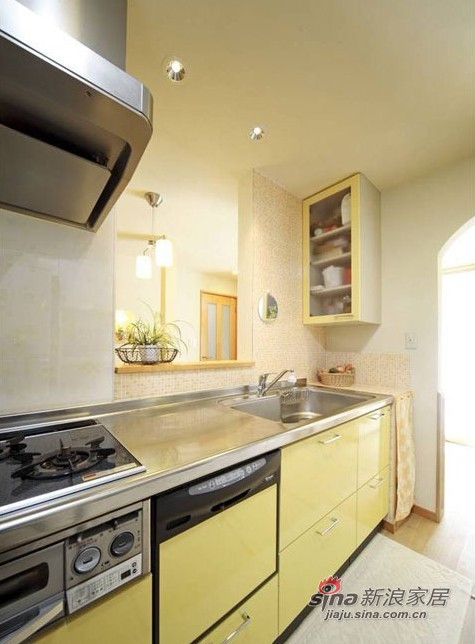 简约 二居 厨房图片来自用户2557979841在5W打造60平米日式简约家48的分享