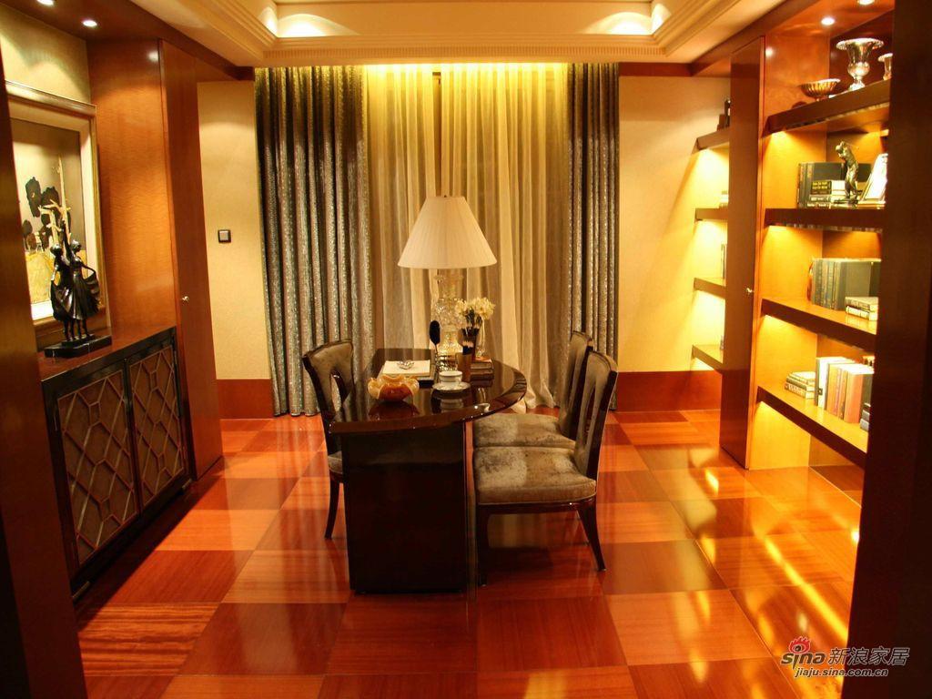 新古典 三居 书房图片来自用户1907664341在9万打造150平新古典密林传奇75的分享