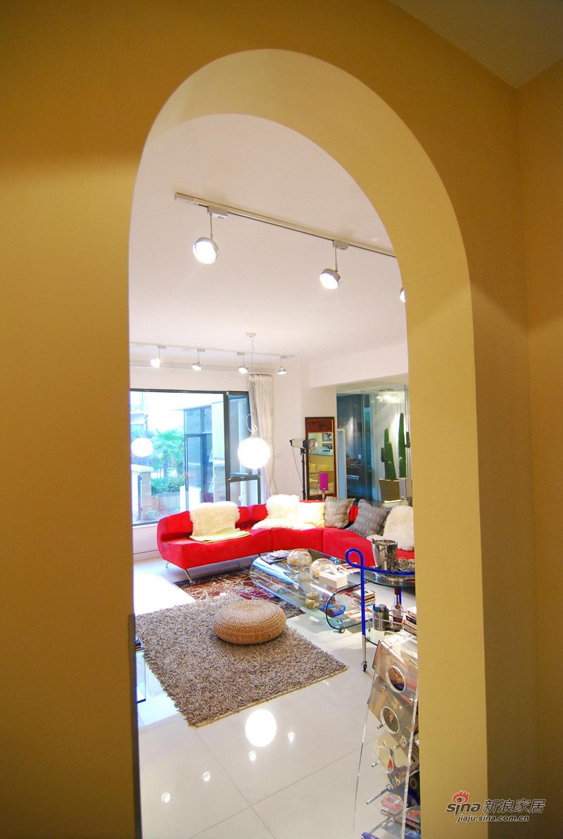 简约 三居 客厅图片来自用户2739153147在25万软装低调奢华的现代简约风尚美家74的分享