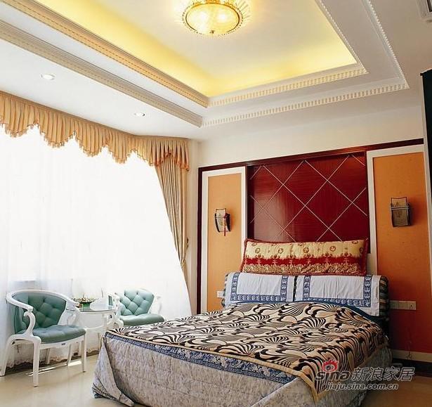 欧式 别墅 卧室图片来自用户2746953981在传统融合现代 凤凰城别墅93的分享