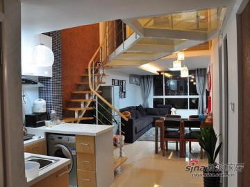 50平米一层变两层Loft 透明玻璃走廊21
