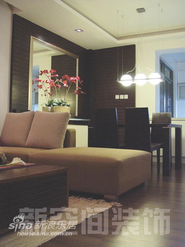 简约 二居 客厅图片来自用户2738829145在温情居室演绎花朵浪漫87的分享