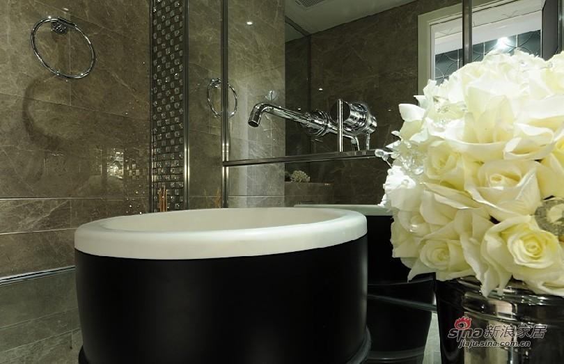 欧式 三居 卫生间图片来自用户2772856065在展现300平高雅经典别墅10的分享