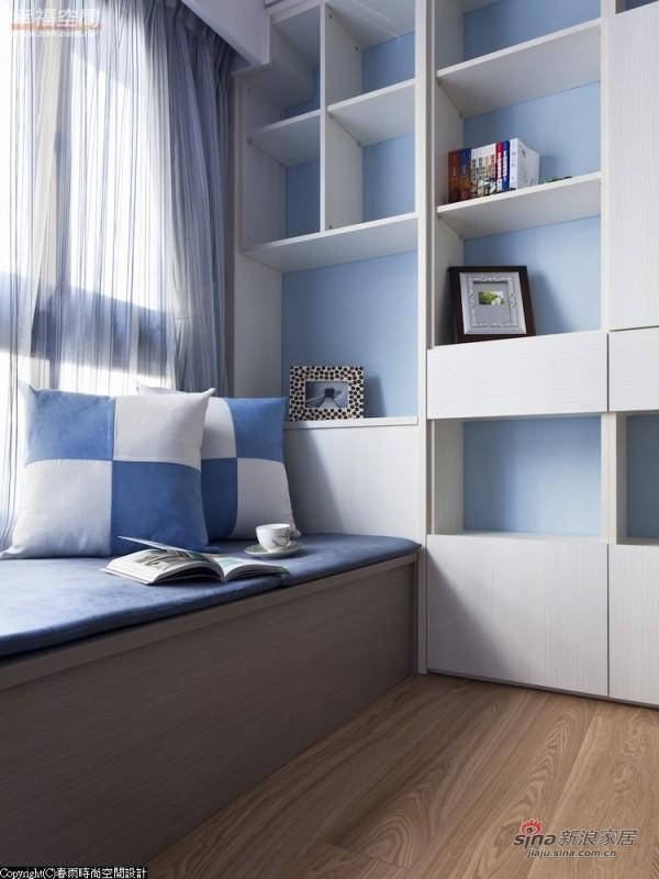 矮柜-特别加宽的深度,坐卧时的舒适性