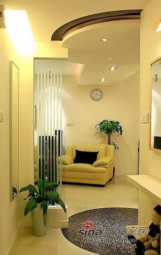简约 一居 客厅图片来自用户2737759857在闪婚族的87㎡简约两居30的分享