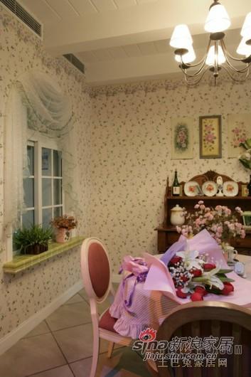 欧式 三居 客厅图片来自用户2757317061在成都装修设计欧式风格24的分享