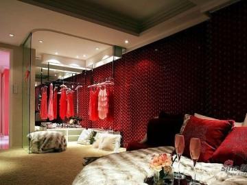 女金领10万装64平紫红热烈复式60