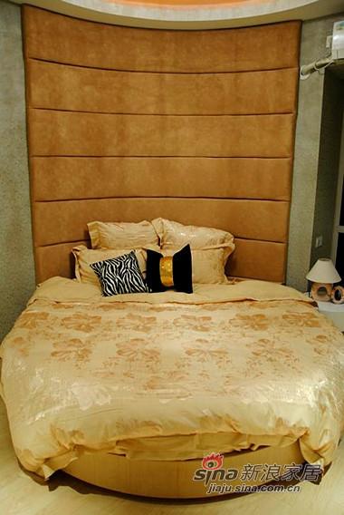 简约 三居 卧室图片来自用户2738820801在8万全包100平咖啡色新家90的分享