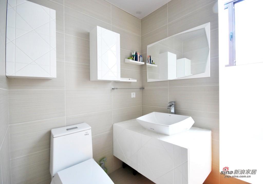 现代 三居 卫生间图片来自用户2772840321在9.9万155平米梦幻童话王国53的分享