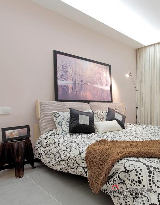 简约 二居 卧室图片来自装修微日记在【高清】89平清爽简约时尚大气之家25的分享