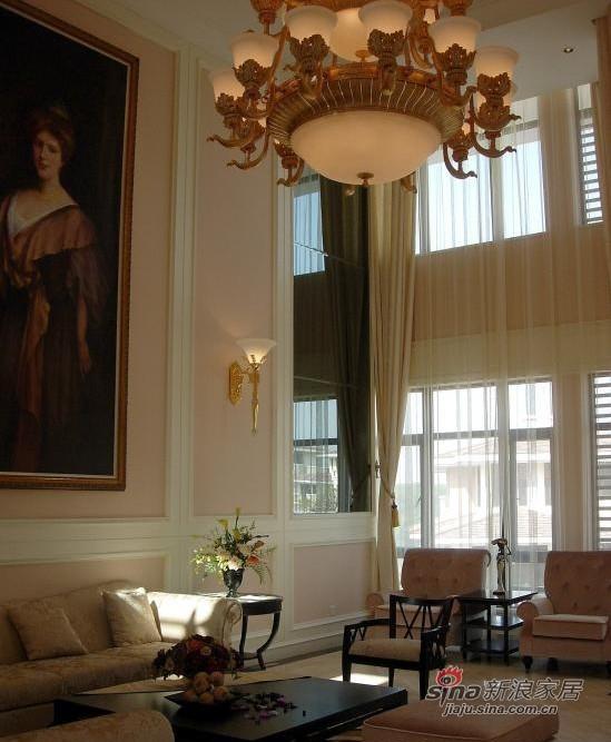 欧式 别墅 客厅图片来自用户2746869241在48万奢华欧式别墅94的分享