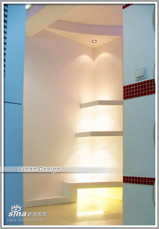 简约 四居 客厅图片来自用户2558728947在红白黑的经典90的分享