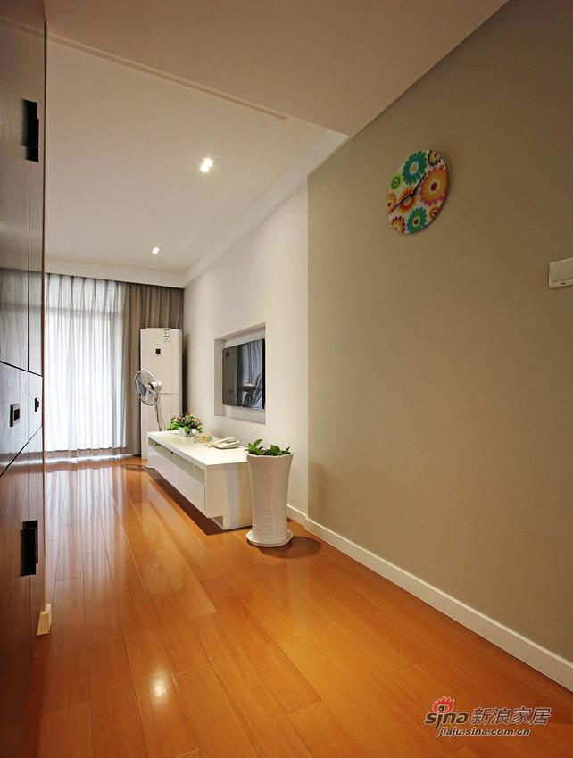 简约 三居 客厅图片来自用户2737735823在【高清】128平无印良品极简主义3居53的分享