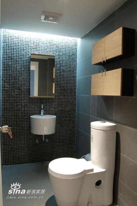 简约 复式 卫生间图片来自用户2737759857在五十多平的楼中楼75的分享