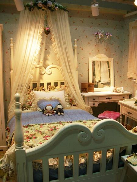 卧室图片来自用户2772856065在我喜欢的分享