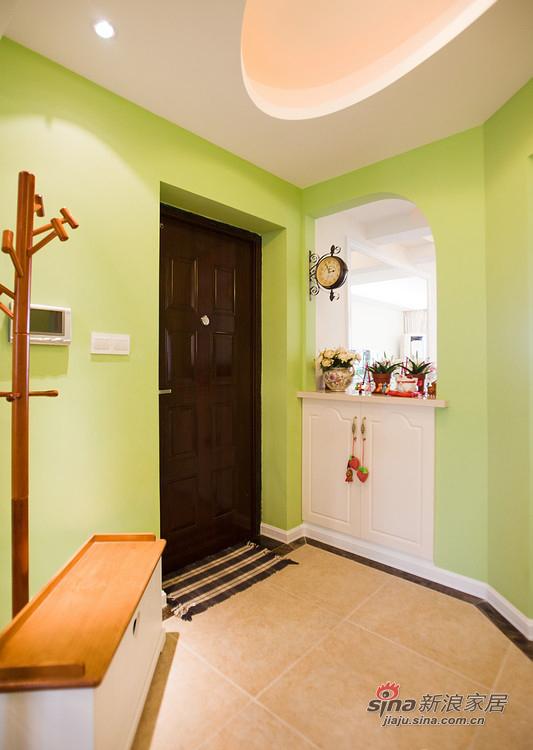 美式 三居 玄关图片来自用户1907686233在【高清】110平清爽美式混搭3居室30的分享