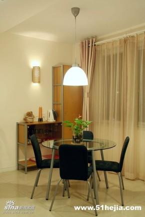 简约 餐厅 宜家 二居 80后 旧房改造图片来自用户2737735823在暖色调营造温馨舒适83的分享