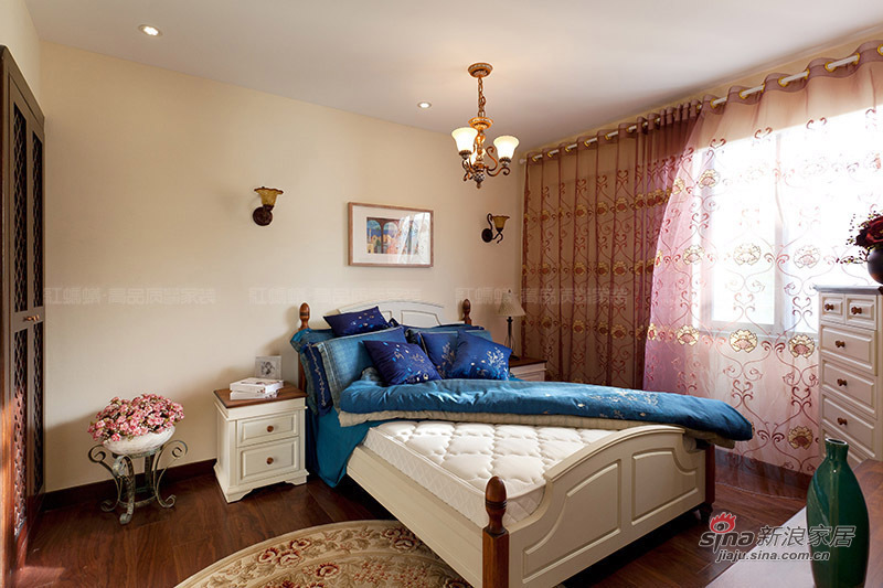 地中海 三居 卧室图片来自用户2757320995在【高清】155平亲和力地中海风格样板间装修46的分享