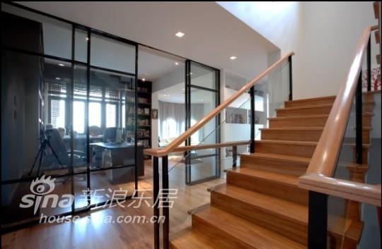 简约 别墅 楼梯图片来自用户2737786973在跳动的音符92的分享