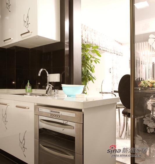 欧式 四居 厨房图片来自用户2772873991在打造新古典风情居室12的分享