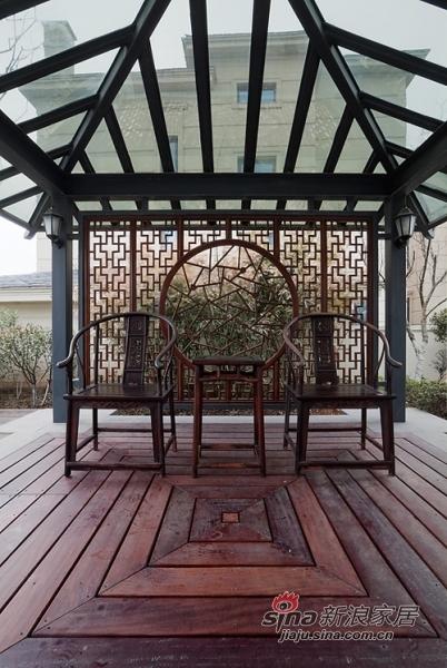 中式 别墅 阳台图片来自用户1907659705在【多图】新潮中式风格55的分享
