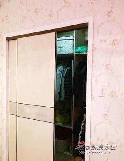 步入式衣柜,也是玄机,里面的容量也比较大