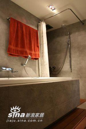 简约 四居 卫生间图片来自用户2737782783在经典样板设计家居装修简约风格时尚演绎223的分享