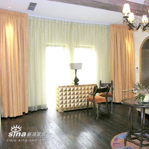 欧式 别墅 客厅图片来自用户2772856065在圣马丽诺.桥35的分享