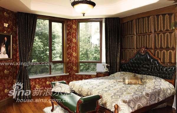 欧式 四居 卧室图片来自用户2745758987在美式情怀 上海滩花园洋房47的分享