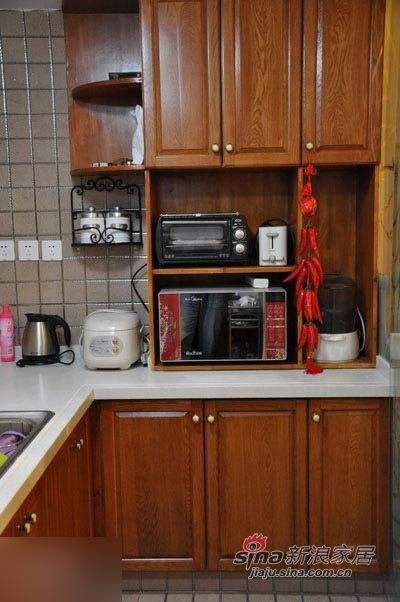 中式 三居 厨房图片来自用户1907658205在135平东南亚与中国风奇妙混搭99的分享