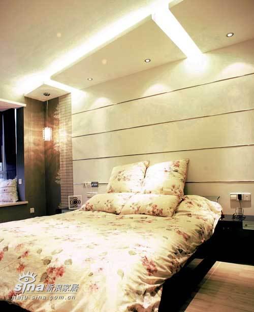 欧式 别墅 卧室图片来自用户2772873991在业之峰装饰润泽庄园别墅65的分享