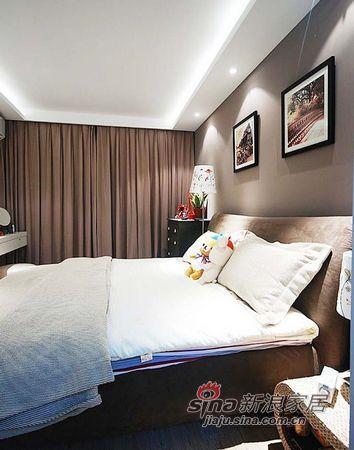 简约 二居 卧室图片来自用户2737759857在12万精装78平现代简约小婚房74的分享