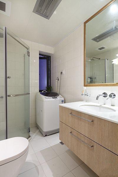 简约 二居 卫生间图片来自用户2739081033在95平米田园2居室实景图装修仅需6万30的分享