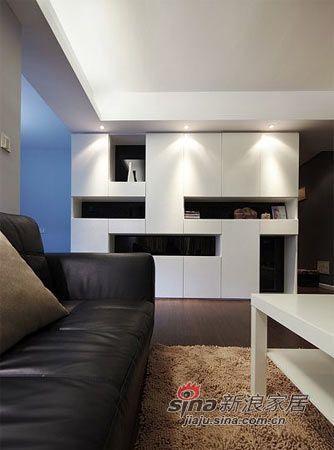 简约 三居 客厅图片来自用户2557010253在30年老宅魔变简约时尚3居50的分享