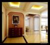 门厅;罗马柱和真实漆的应用体现了简欧的风