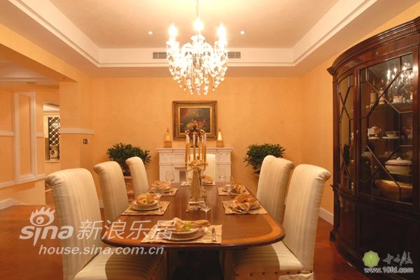 欧式 别墅 客厅图片来自用户2757317061在王权服务的至高荣誉51的分享