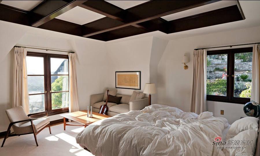 新古典 别墅 卧室图片来自用户1907664341在迪士尼迷斥巨资打造古城堡51的分享