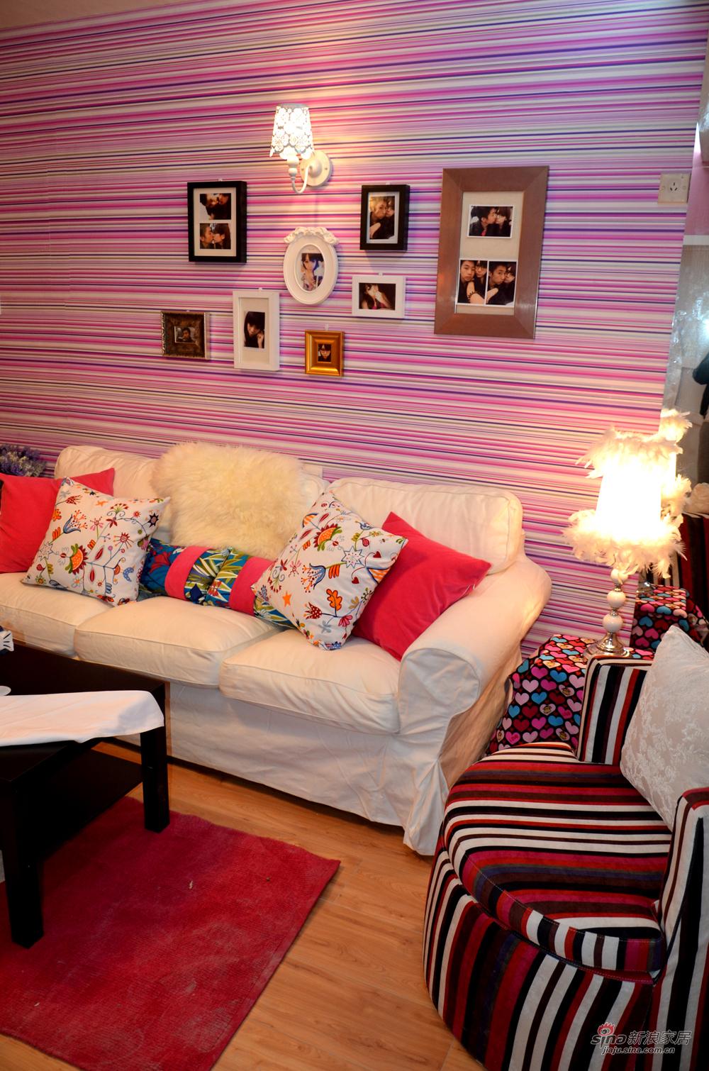 简约 二居 客厅图片来自用户2737786973在【高清】粉色诱惑58平hello kity的甜蜜印记14的分享