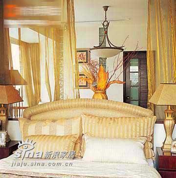 欧式 二居 卧室图片来自用户2746948411在小户型也能装出豪宅感觉96的分享