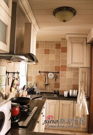简约 二居 厨房图片来自用户2738820801在西施美眉12万装90平时尚小居46的分享