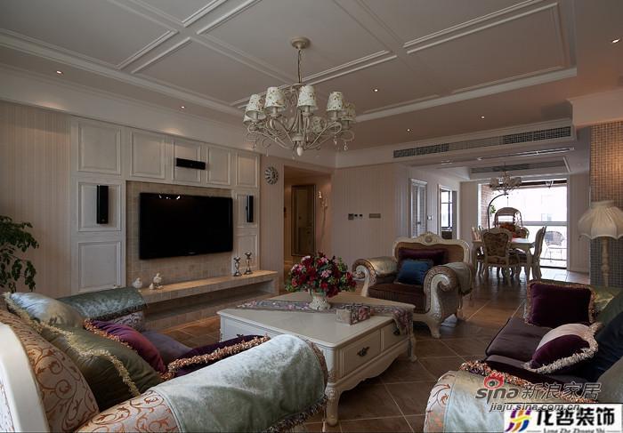 混搭 三居 客厅图片来自用户1907689327在20万打造130平混搭风格三居84的分享