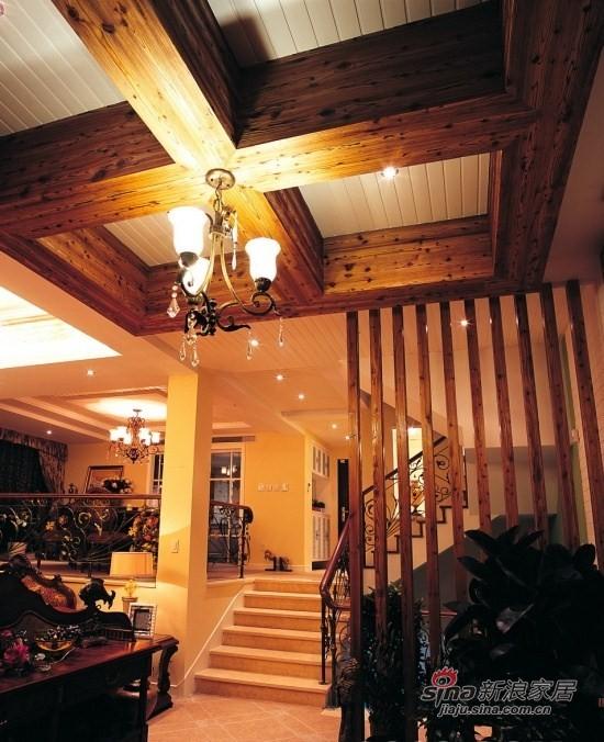 欧式 别墅 客厅图片来自用户2746869241在阳光满屋 180平欧式别墅16的分享