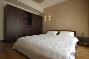 港式 四居 卧室 白富美 白领图片来自用户1907650565在【高清】113平港式混搭雅致禅意4居21的分享